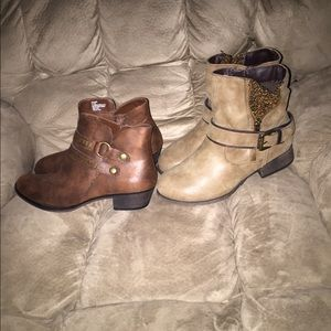 NWOT (2) BUNDLE DEAL WOMENS CUTE BOOTS 8